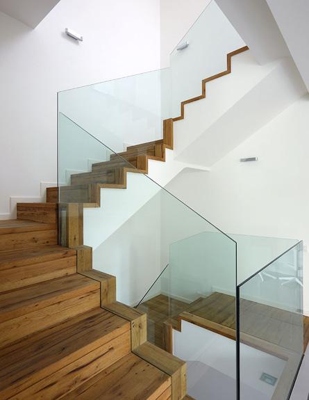 המדרגות אחרי שיפוץ - לימור רובוביץ' אפרתי