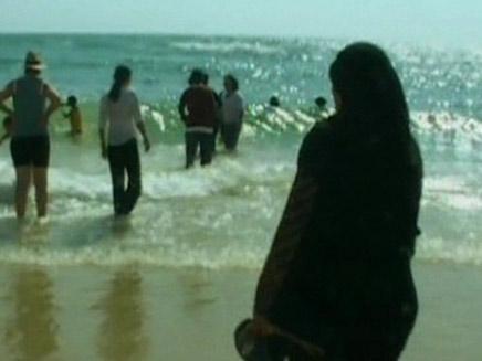 """תופעה: מבריחים פלסטיניות ל""""יום כיף"""" (צילום: חדשות 2)"""