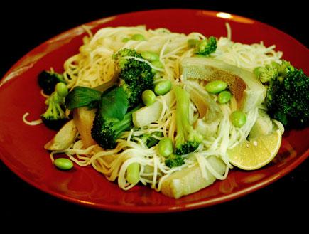 פסטה עם ירקות ירוקים (צילום: עמרי אנדרס צורף)