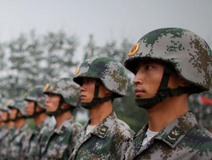 חיילים סיניים (צילום: Feng Li, GettyImages IL)