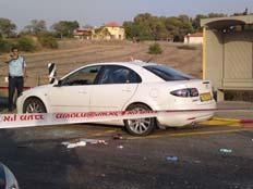 הרכב בו נמצא הפצוע (צילום: עזרי עמרם, חדשות 2)