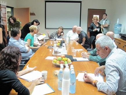 הוועדה למעמד הזרים, היום במשרד הספורט (מור שאולי) (צילום: מערכת ONE)