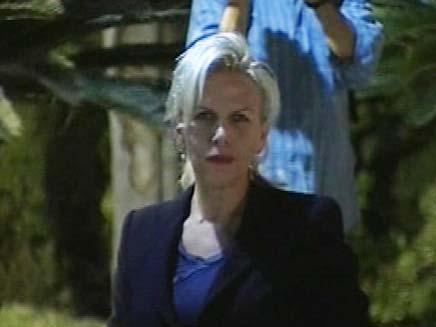 אורלי אינס, התלוננה נגד ניצב אורי בר-לב (צילום: חדשות 2)