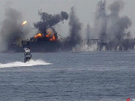 פיצוץ של ספינות קרב, אילוסטרציה (צילום: the sun)