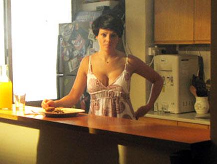 דנה רון בקליפ של הראל מויאל (צילום: אורטל דהן)
