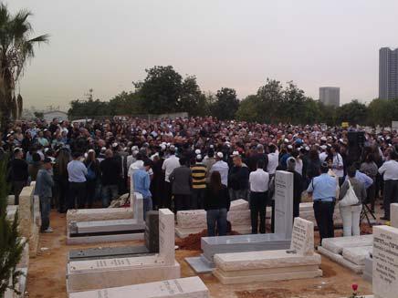 הלוויה אבי כהן (צילום: עזרי עמרם, חדשות 2)