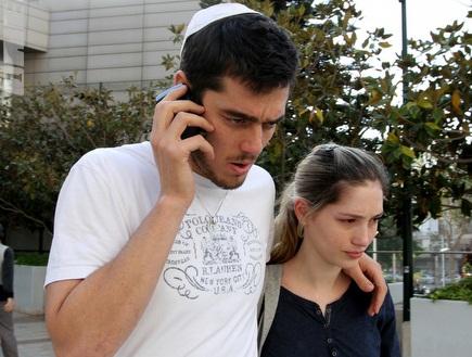 תמיר כהן ואשתו בבית החולים (שי לוי) (צילום: מערכת ONE)