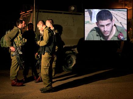 """סמל נדב רוטנברג על רקע חיילי צה""""ל, אמש בגבול עזה"""