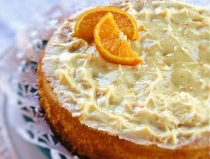 עוגת תפוזים שלמה (צילום: דליה מאיר, קסמים מתוקים)