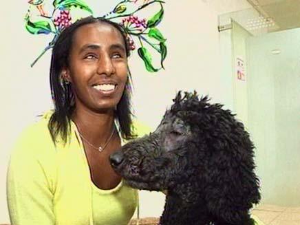 אוריה והכלב חץ (צילום: חדשות 2)