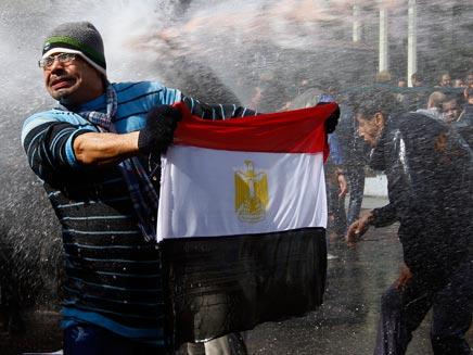 נמשך ההליך הדמוקרטי במצרים (צילום: reuters)