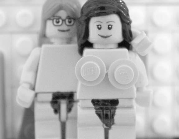 ג'ון לנון ויוקו אונו מפלסטיק (צילום: טלגרף)