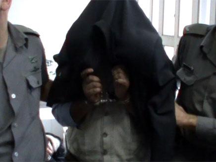 """האב החשוד בבימ""""ש השלום בחדרה, היום (צילום: חדשות 2)"""