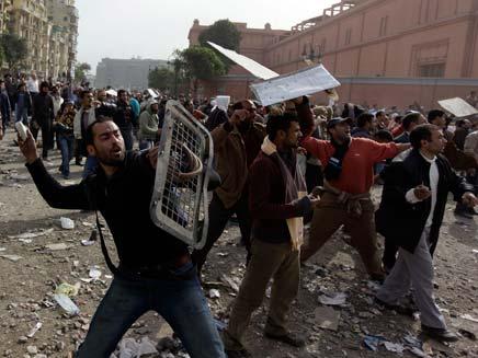 מצרים, הפגנות, מפגינים, הפיכה (צילום: AP)