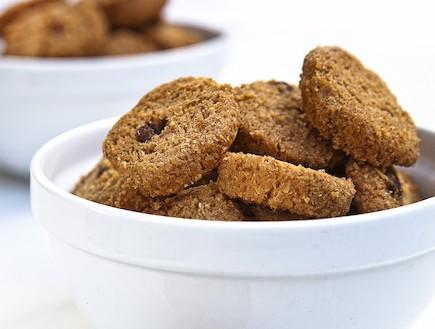 עוגיות טחינה מקמח כוסמין (צילום: אנטולי מיכאלו,  יחסי ציבור )