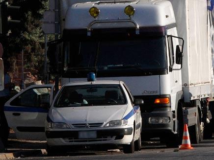 כתבי אישום נגד רוצחי נהג המשאית (צילום: AP)