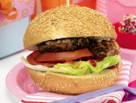 המבורגר לילדים (צילום: גלעד וגיא,  יחסי ציבור )
