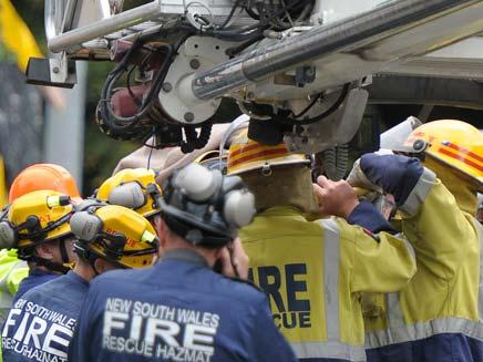 חילוץ אן בודקין רעידת אדמה ניו זילנד (צילום: חדשות 2)