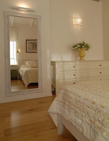 חדר שינה אחרי שיפוץ - שרון קליין מרזן (תמונת AVI: שי בן אפרים)