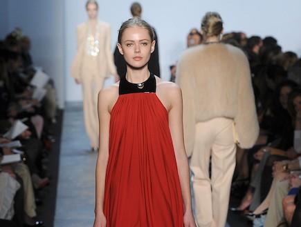 נבואות: מה תלבש נטלי פורמן לאוסקר 2011 (צילום: Frazer Harrison, GettyImages IL)