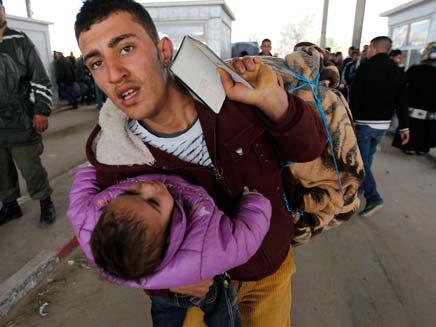 אלפים נמלטו לטורקיה. ארכיון (צילום: רויטרס)