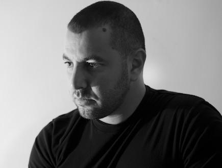 שלומי סרנגה, שחור לבן (צילום: דוד עדיקא)