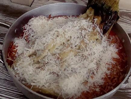 פולנטה ברוטב עגבניות - הפרמזן (צילום: תומר פרת)