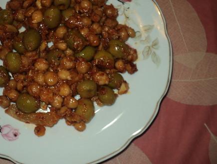 סלט חומוס וזיתים, סמדי בומבה (צילום: סמדר וקנין)