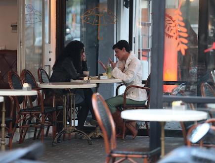דנה רון ומרב בטיטו בקפה ראשון אחרי בית האח הגדול (צילום: אלעד דיין)