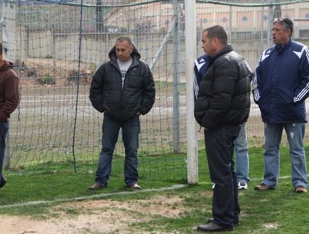 נציג ההתאחדות באצטדיון גרין, היום (עמית מצפה) (צילום: מערכת ONE)