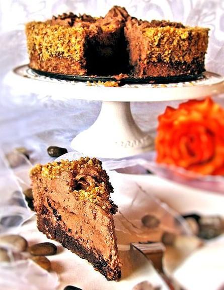 עוגת פרלין מוס שוקולד - מוכנה