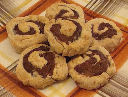 עוגיות תמרים, טעימא (צילום: תומר פרת)