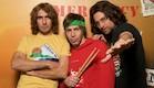 שלושת חברי להקת אפליקציה  (צילום: רועי ברקוביץ', ארץ נהדרת )