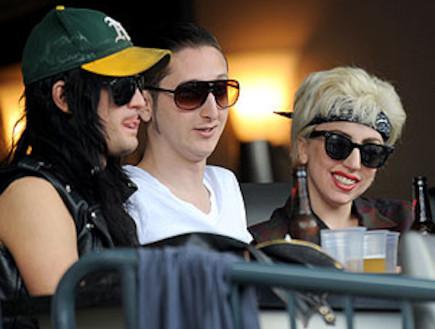 ליידי גאגא עם החבר לוק קארל
