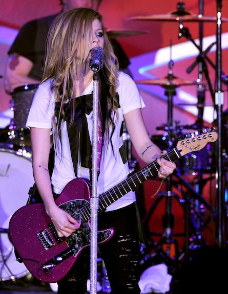 אבריל לאבין הופעה 2 (צילום: Kevin Winter, GettyImages IL)