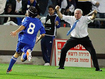 לואיס פרננדז, מאמן נבחרת ישראל (צילום: ערוץ הספורט)