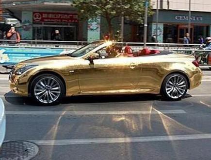 אינפיניטי G37 מצופה זהב