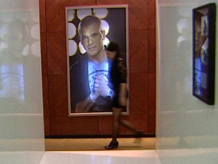 אייל גולן עשה זאת שוב, הפעם בטלוויזיה (צילום: חדשות2)