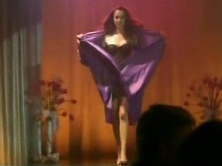 קייט בתצוגת אופנה (צילום: חדשות 2)