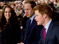 וויליאם, קייט והנסיך הג'ינג'י השובב (צילום: AP)