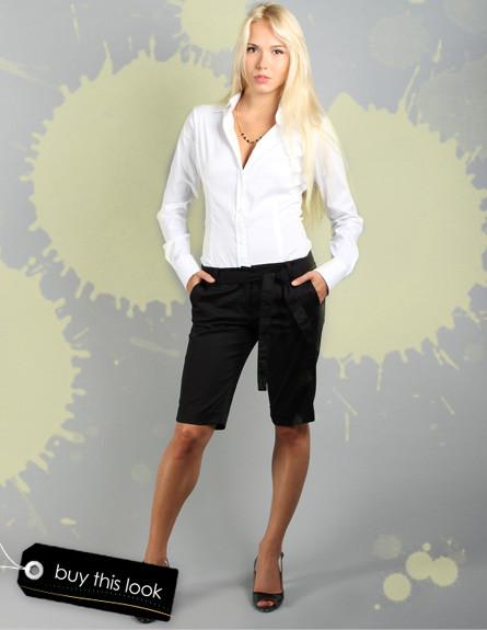 מכנסי ברמודה שחורים (צילום: שי גולדשטיין לstyle river)