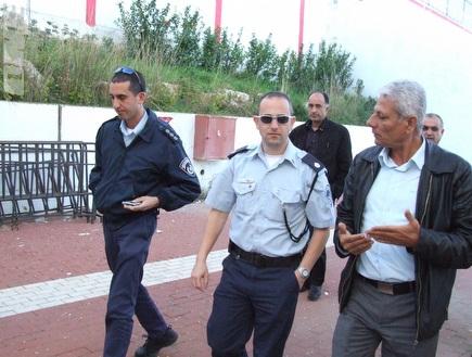 שוטרים מסיירים בסכנין (מחאסן נאסר) (צילום: מערכת ONE)