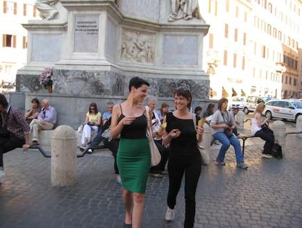 דנה וליאם ברחובות רומא