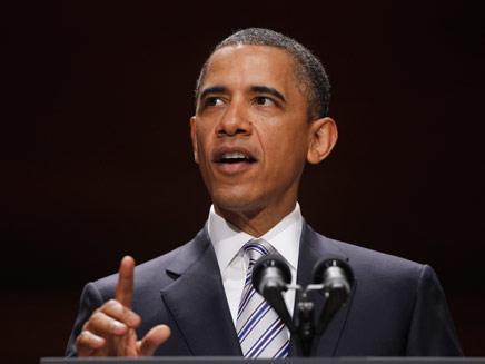 """""""חוסם רעשי רקע"""". נשיא ארה""""ב ברק אובמה (צילום: AP)"""