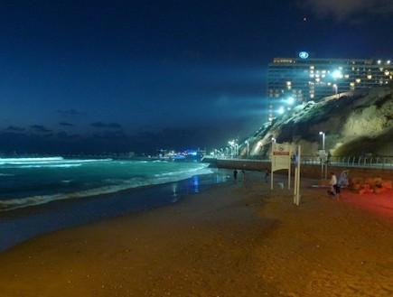 חוף הילטון תל אביב- באדיבות עיריית תל אביב יפו