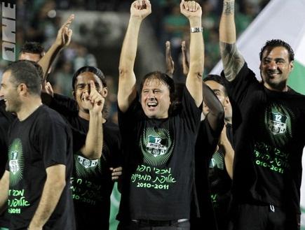 אלישע והשחקנים. המנצח הגדול בחיפה (יוסי ציפקיס) (צילום: מערכת ONE)