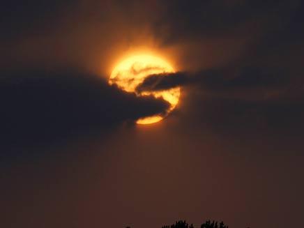 סוף העולם? תלוי למי מאמינים (צילום: AP)
