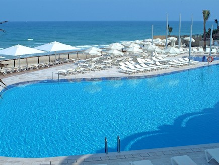בריכת מלון דניאל בהרצליה (צילום:  יחסי ציבור )