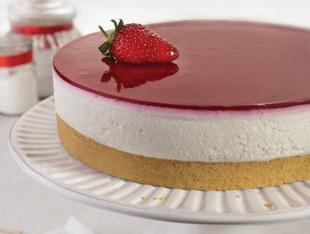 עוגת גבינה בציפוי פטל (צילום: אנטולי מיכאלו, העוגות של פסקל, הוצאת קוראים)