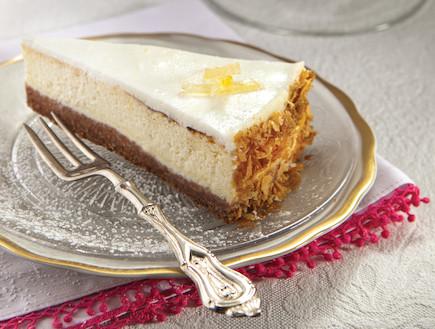 עוגת גבינה בניחוח לימוני (צילום: אנטולי מיכאלו, העוגות של פסקל, הוצאת קוראים)